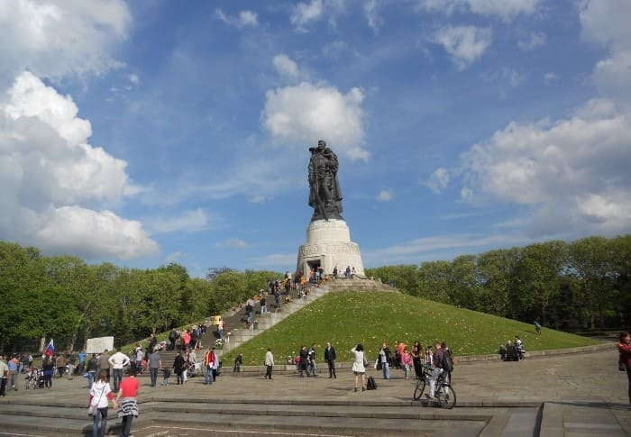 Памятник Воину-освободителю в Берлине | Фото: terraoko.com