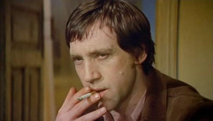 Владимир Высоцкий в фильме *Единственная*, 1975 | Фото: kino-teatr.ru