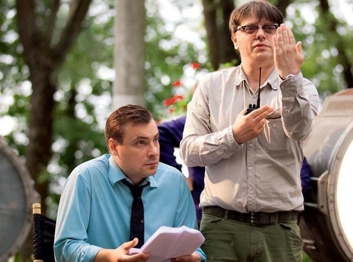 Режиссер Валерий Тодоровский и актер Евгений Цыганов на съемках | Фото: 7days.ru