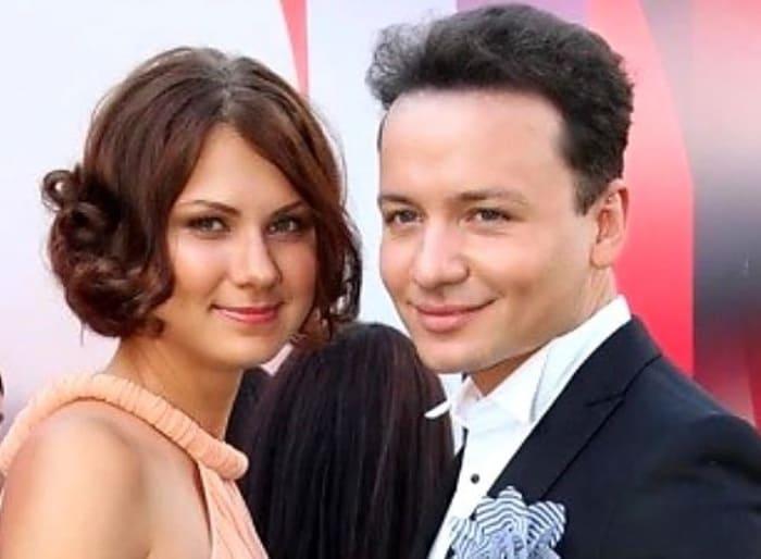Александр Олешко и Ольга Белова | Фото: kaprizulka.mediasole.ru