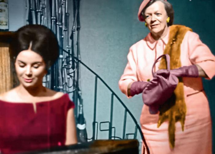 Татьяна Пельтцер в программе *Кабачок *13 стульев*, 1966 | Фото: 7days.ru