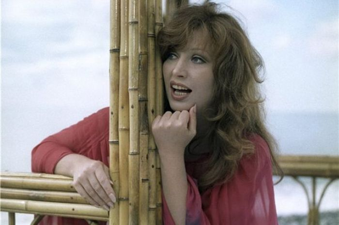 Певица в роли Анны Стрельцовой   Фото: kino-teatr.ru