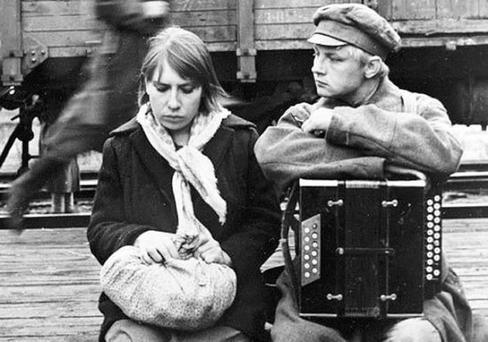 Кадр из фильма *В огне брода нет*, 1967 | Фото: kino-teatr.ru