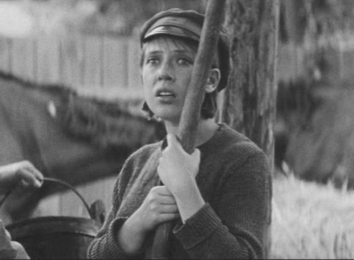 Инна Чурикова в фильме *В огне брода нет*, 1967 | Фото: vokrug.tv