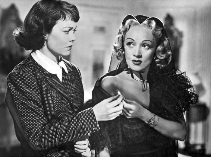Марлен Дитрих в фильме *Страх сцены*, 1950 | Фото: style.rbc.ru