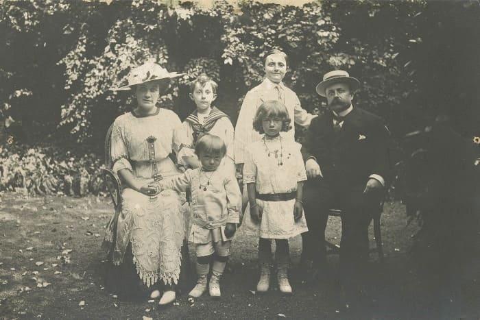 Семья Кристиана Диора | Фото: vplate.ru