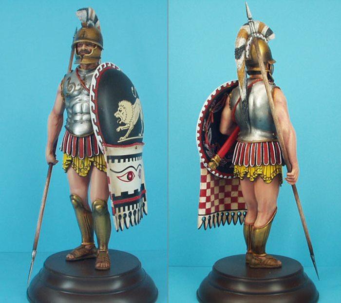Гоплит – древнегреческий тяжёловооружённый пеший воин