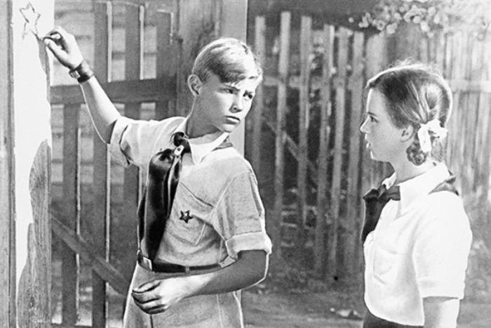 Кадр из фильма *Тимур и его команда*, 1940 | Фото: amic-life.ru