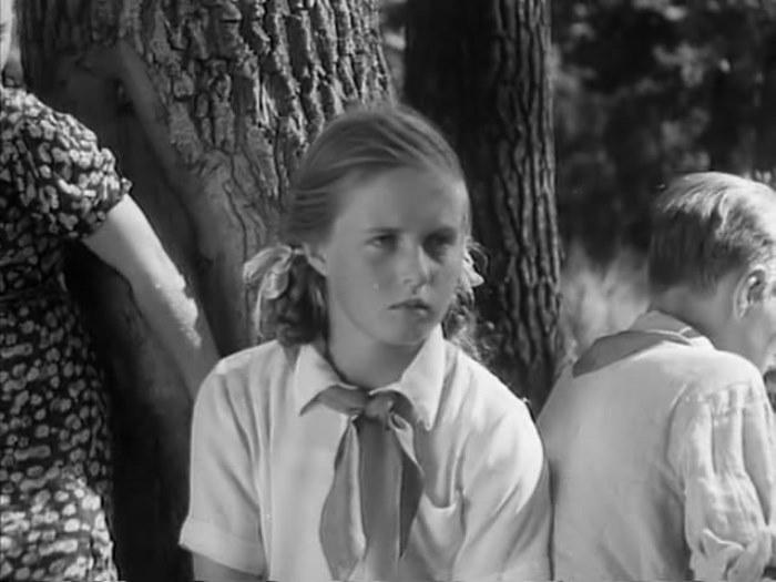 Катя Деревщикова в роли Жени, 1940 | Фото: kino-teatr.net