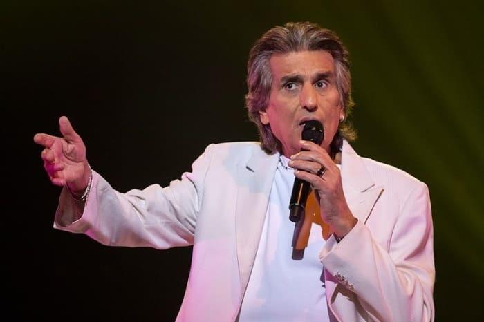Знаменитый итальянский певец и композитор Тото Кутуньо | Фото: fotofact.net