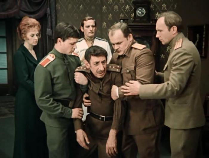 Кадр из фильма *Дни Турбиных*, 1976 | Фото: kinokopilka.pro