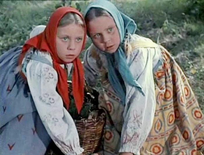 Сестры Юкины в фильме Морозко, 1964 | Фото: kinodir.com