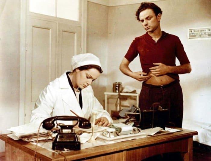 Кадр из фильма *Неоконченная повесть*, 1955   Фото: domkino.tv