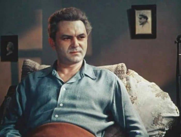 Сергей Бондарчук в фильме *Неоконченная повесть*, 1955 | Фото: domkino.tv
