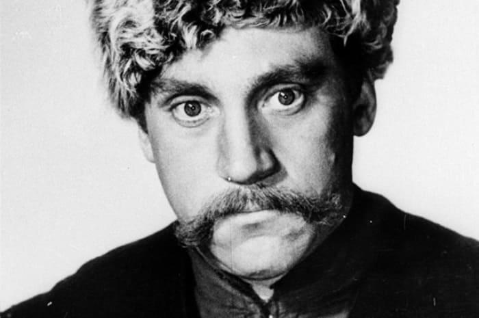 Фотопроба Высоцкого на роль генерала Чарноты, 1970 | Фото: aif.ru
