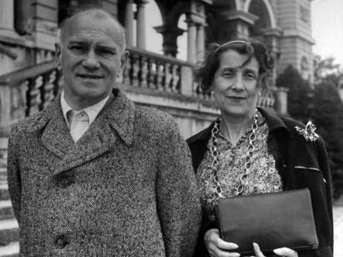 Вацлав Нижинский с женой Ромолой в Вене, 1945 | Фото: renclassic.ru