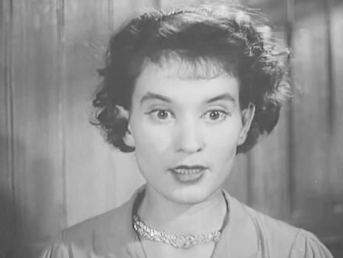 Нина Алисова в фильме *Новая Москва*, 1938 | Фото: kino-teatr.ru