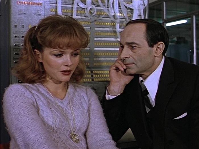 А. Яковлева и В. Гафт в фильме *Чародеи*, 1982 | Фото: nnm.me