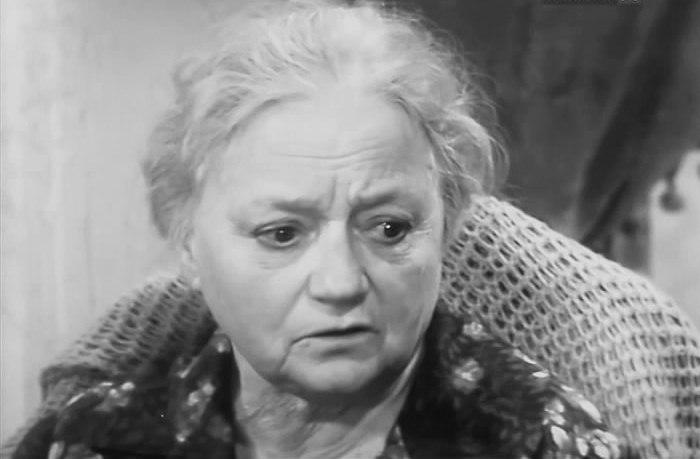 Кадр из фильма-спектакля *Страница жизни*, 1972 | Фото: kino-teatr.ru
