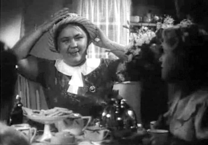 Валентина Телегина в фильме *Комсомольск*, 1938 | Фото: kino-teatr.ru