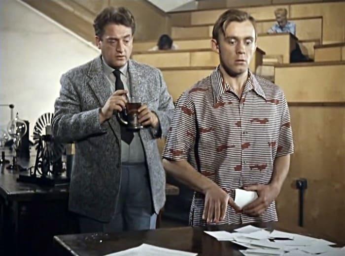 Кадр из фильма *Операция Ы и другие приключения Шурика*, 1965 | Фото: kino-teatr.ru