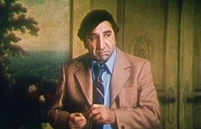 Фрунзик Мкртчян в роли Борюси | Фото: domkino.tv