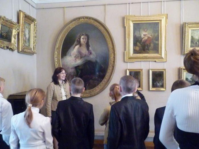 Портрет В. Д. Римской-Корсаковой в Пензенской областной картинной галерее | Фото: liveinternet.ru