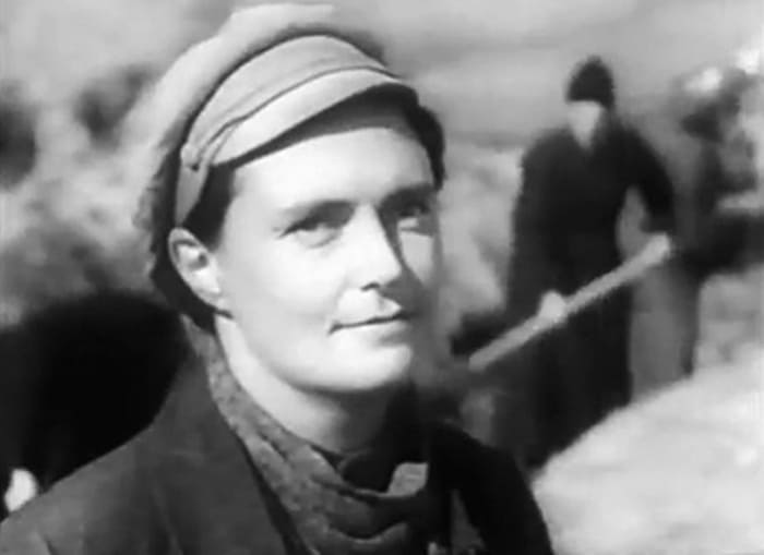 Варвара Мясникова в фильме *Оборона Царицына*, 1942 | Фото: kino-teatr.ru