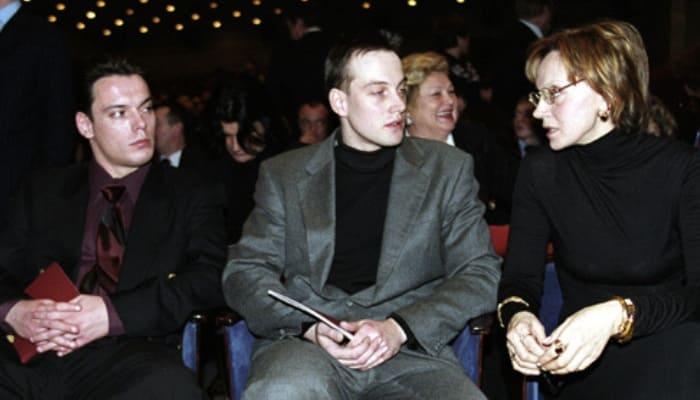 Ирина Купченко с сыновьями | Фото: stringer-news.com