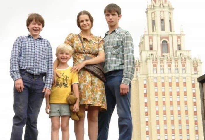 Кадр из сериала *Громовы. Дом надежды*, 2007 | Фото: kino-teatr.ru
