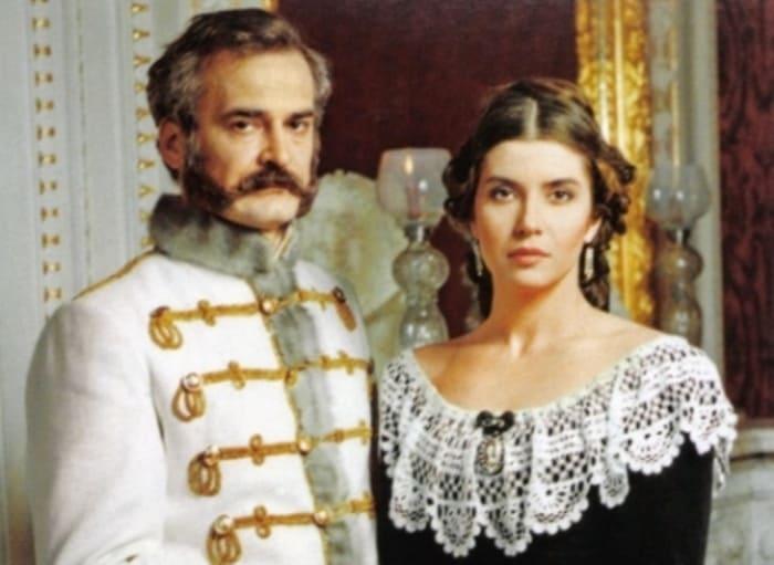 Кадр из фильма *Роман императора*, 1993 | Фото: kino-teatr.ru