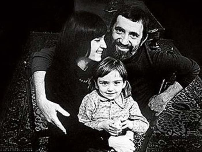 Виктор Мережко с женой и дочерью | Фото: ego-zhena.ru