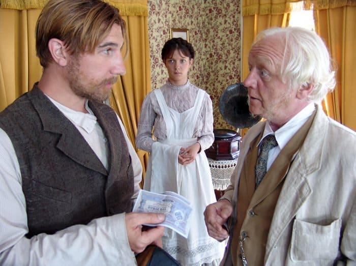 Кадр из сериала *Пелагия и белый бульдог*, 2009 | Фото: kino-teatr.ru