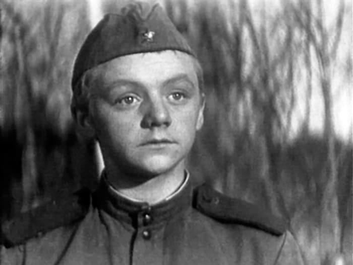Кадр из фильма *Годен к нестроевой*, 1968 | Фото: kino-teatr.ru