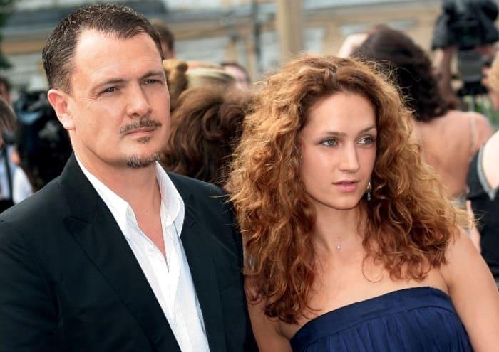 Виктория Исакова и ее муж, режиссер Юрий Мороз | Фото: goodhouse.ru