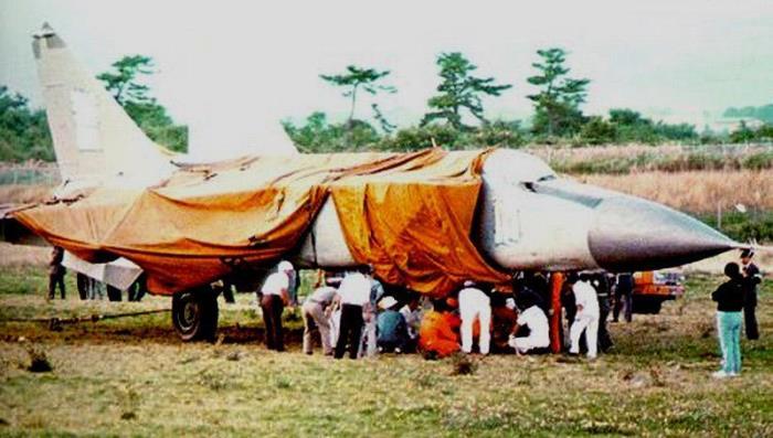 Угнанный самолет прятали от посторонних глаз   Фото: vostokmedia.com