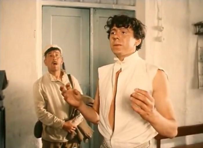 Виктор Ильичев в фильме *Зеленый фургон*, 1983 | Фото: kino-teatr.ru