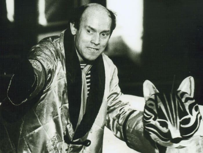 Виктор Сухоруков на сцене театра, 1988 | Фото: kino-teatr.ru
