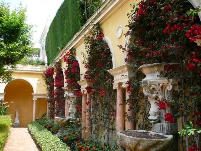 Испанский сад | Фото: domir.ru