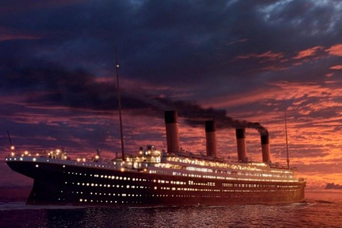*Титаник*