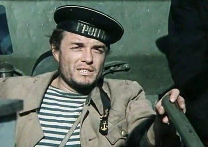 Виталий Безруков в фильме *Хождение по мукам*, 1974 | Фото: kino-teatr.ru