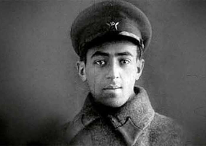 Владимир Этуш во время войны | Фото: kleinburd.ru