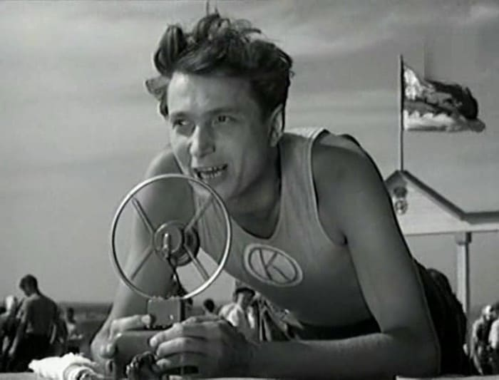 Владимир Гуляев в фильме *Чемпион мира*, 1954 | Фото: kino-teatr.ru