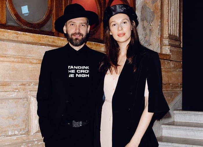 Музыкант со второй женой Ольгой Пилевской | Фото: ru.hellomagazine.com
