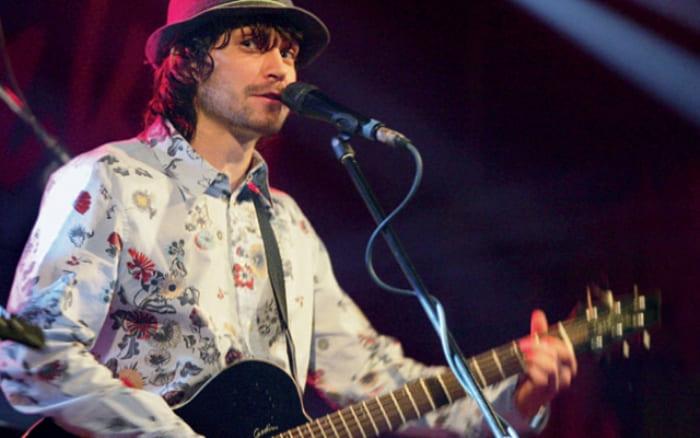 Музыкант на сцене | Фото: interviewmg.ru