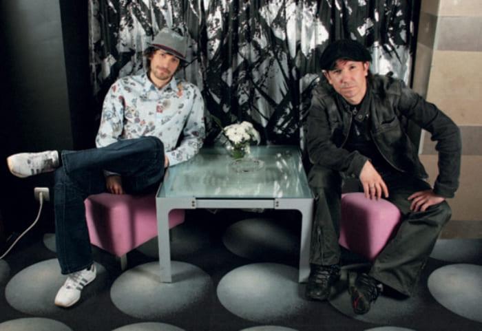 Владимир Кристовский со старшим братом Сергеем | Фото: interviewmg.ru