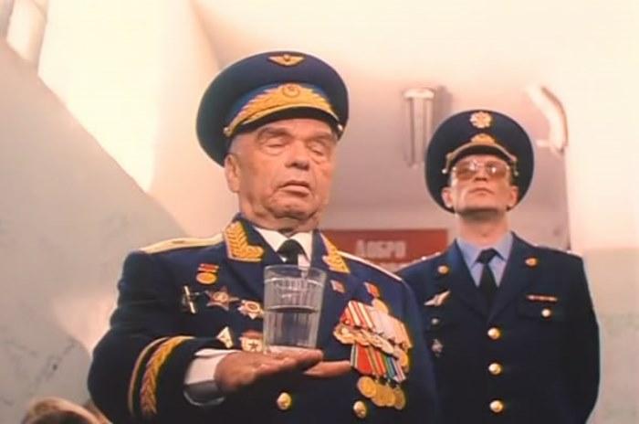 Кадр из фильма *ДМБ*, 2000 | Фото: kino-teatr.ru