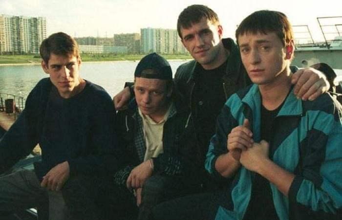 Главные герои сериала *Бригада*, 2002   Фото: starhit.ru