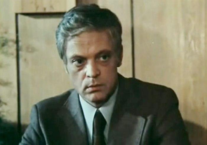 Владислав Дворжецкий в фильме *Однокашники*, 1978 | Фото: kino-teatr.r