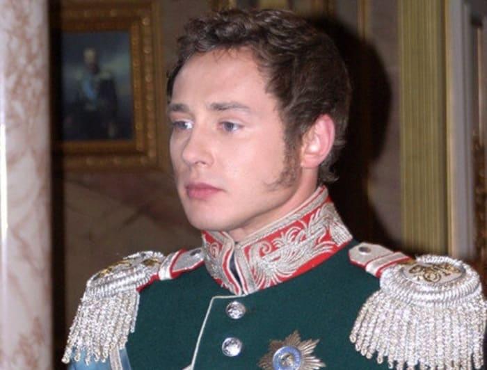 Дмитрий Исаев в сериале *Бедная Настя*, 2003 | Фото: love-psy.ru